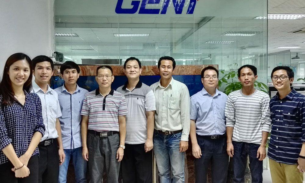 广西计量带柬埔寨国家计量人员来考察.