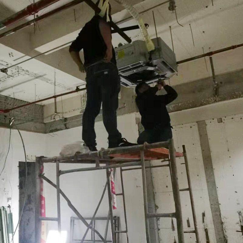 空调安装现场