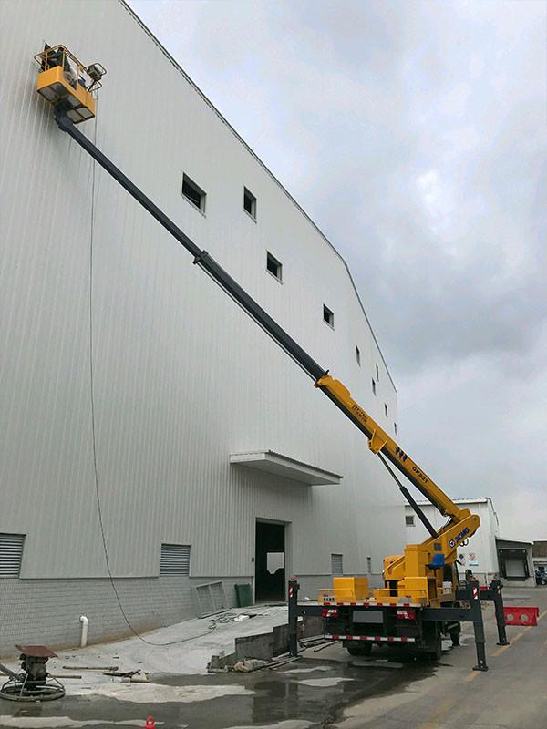 高空车厂房外墙作业