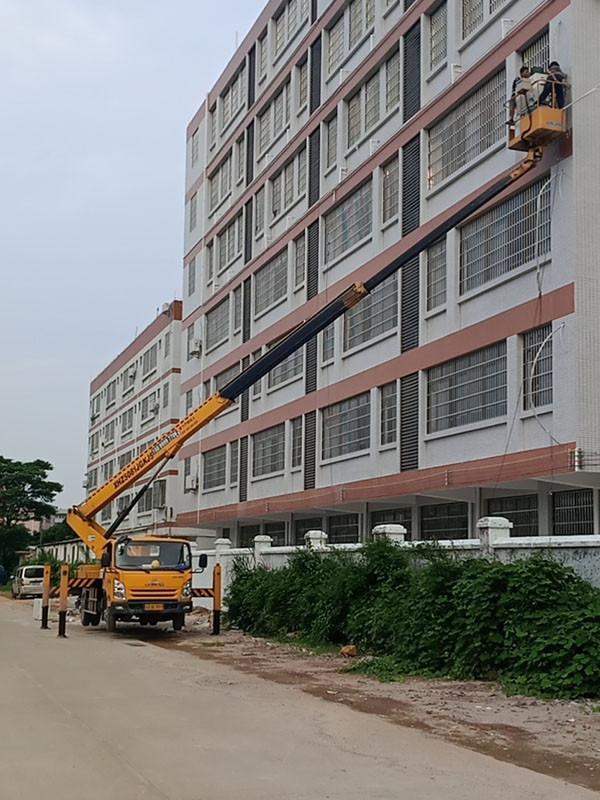 高空车外墙维修作业