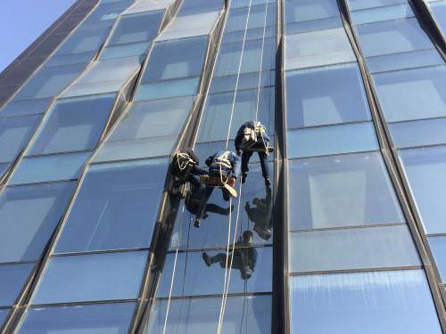 外墙玻璃更换