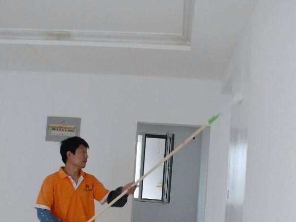 广州旧墙翻新,破旧空鼓开裂墙面铲补翻新