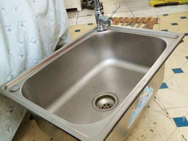维修洗菜盆,厨房下水管漏水维修