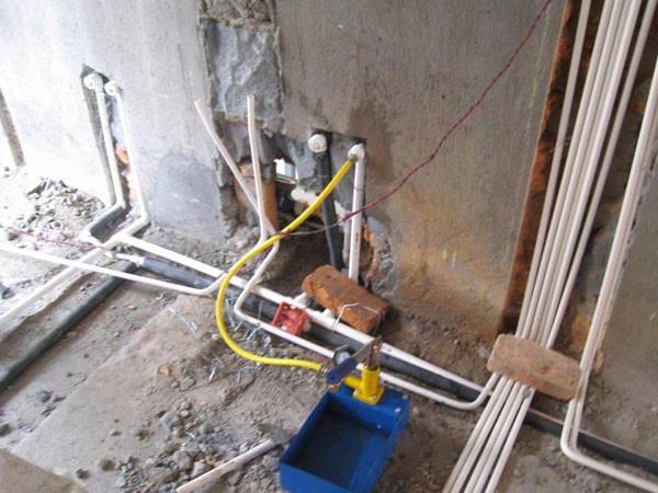 洗手间厕所水电改造维修