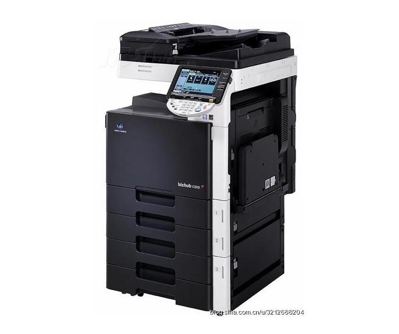 柯美新款复印机